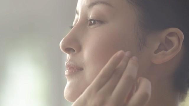 Nippi Collagen Cosmetics TVCF
